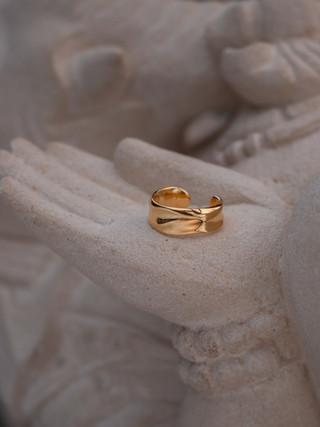 Geschenke,dalai,gold,schmuck,ohrringe,earcuffs.jpg