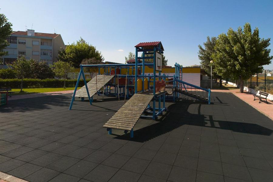 parque_infantil3_comboio