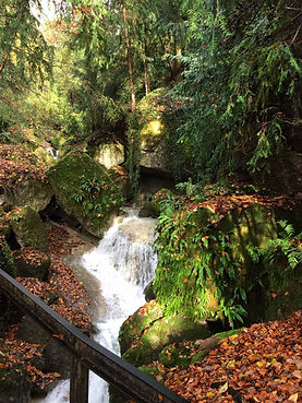 Wasserfall_Web.jpg