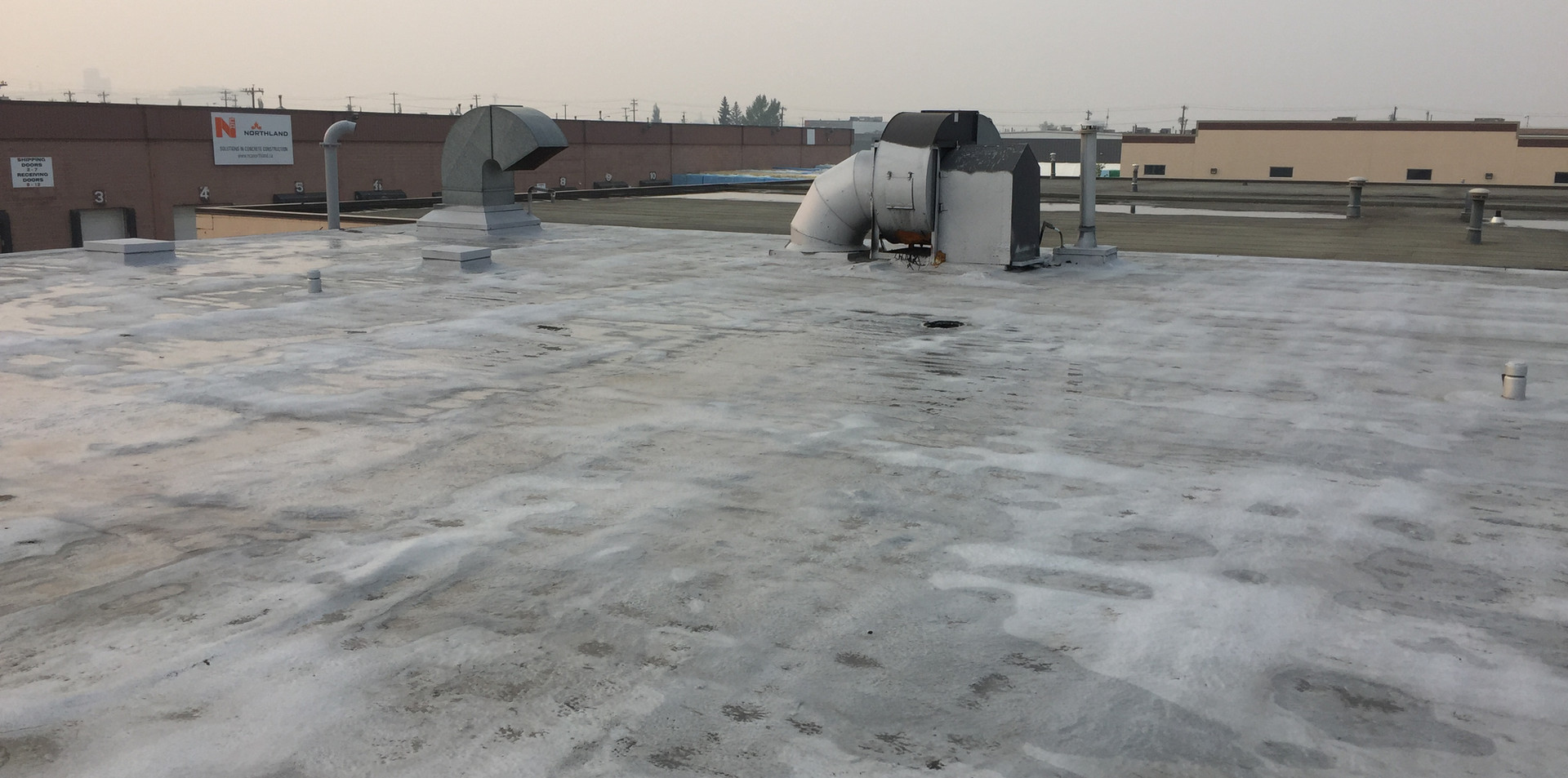 Unnatended roof.