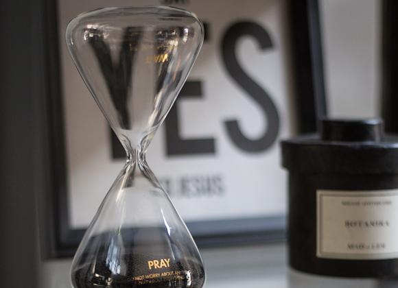 VM Hourglass
