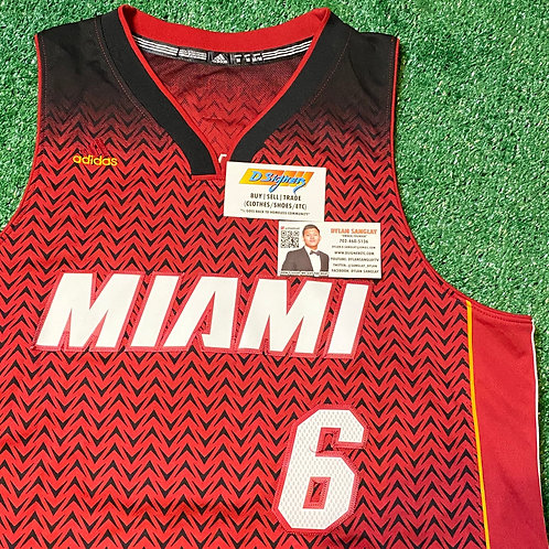 Miami Heat Lebron James Jersey (Size: M)
