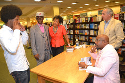 Paster Rudy book signing -0406.jpg