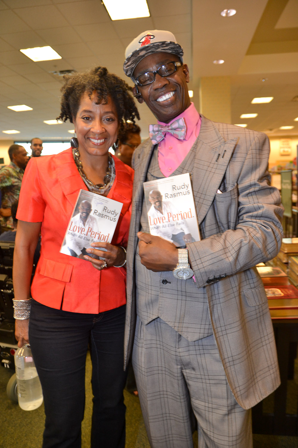 Paster Rudy book signing -0279.jpg