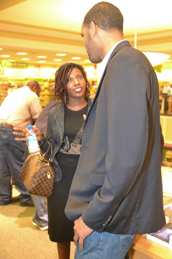 Paster Rudy book signing -0322.jpg