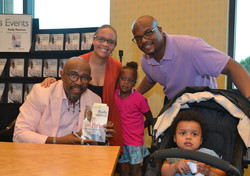 Paster Rudy book signing -0293.jpg