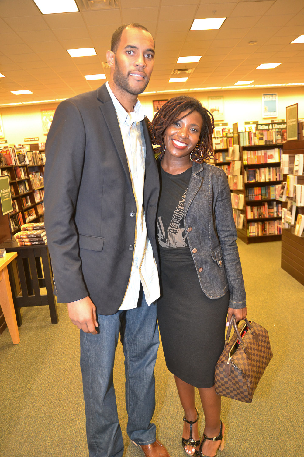 Paster Rudy book signing -0424.jpg