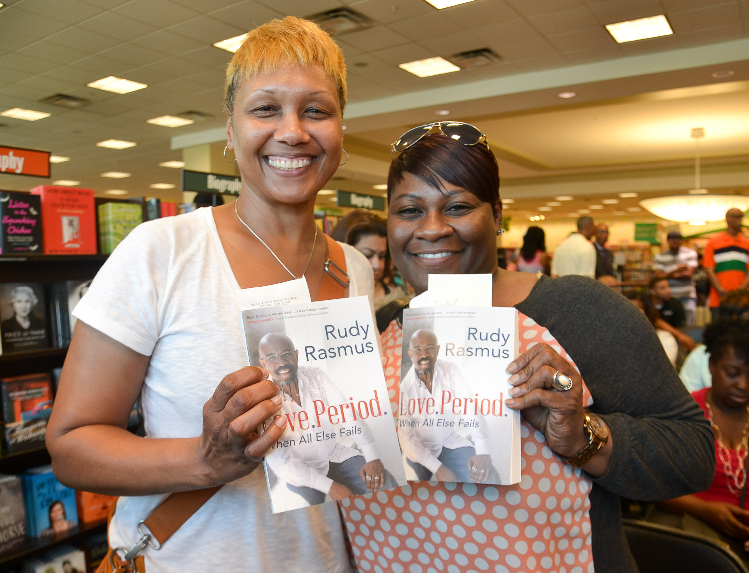 Paster Rudy book signing -0155.jpg