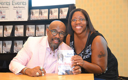 Paster Rudy book signing -0334.jpg