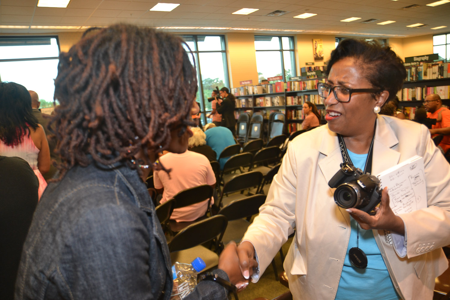 Paster Rudy book signing -0300.jpg