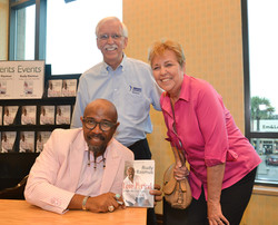 Paster Rudy book signing -0314.jpg