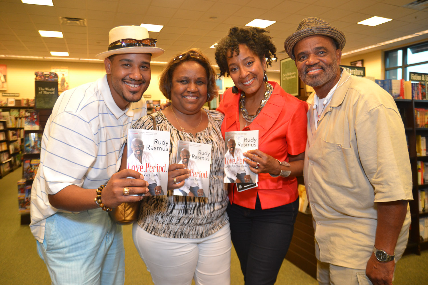 Paster Rudy book signing -0389.jpg