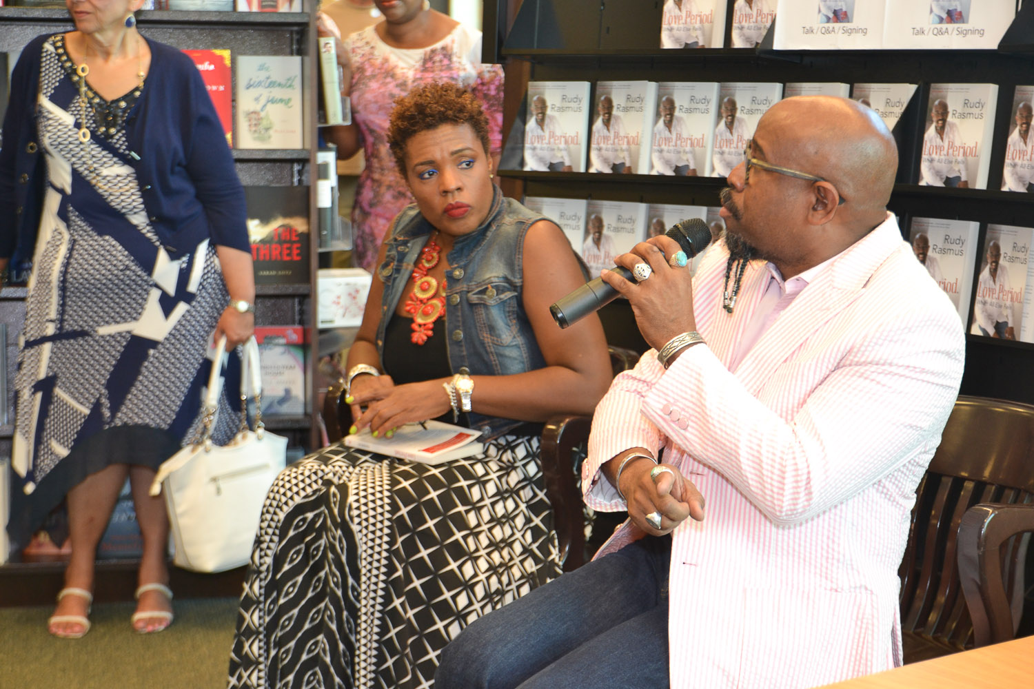 Paster Rudy book signing -0132.jpg