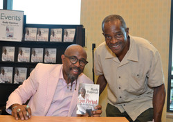Paster Rudy book signing -0257.jpg