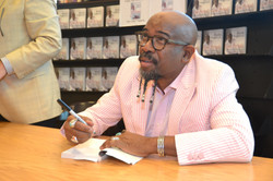 Paster Rudy book signing -0216.jpg