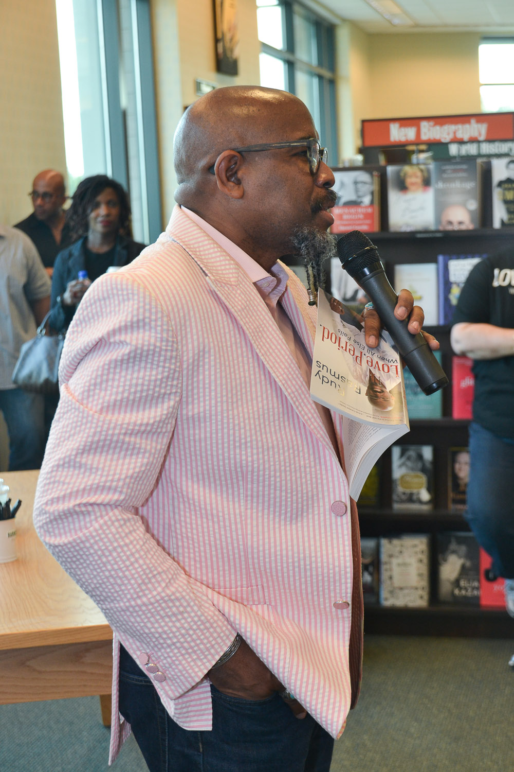 Paster Rudy book signing -0080.jpg