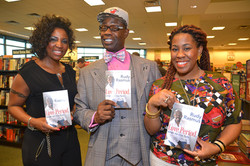 Paster Rudy book signing -0356.jpg