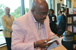Paster Rudy book signing -0082.jpg