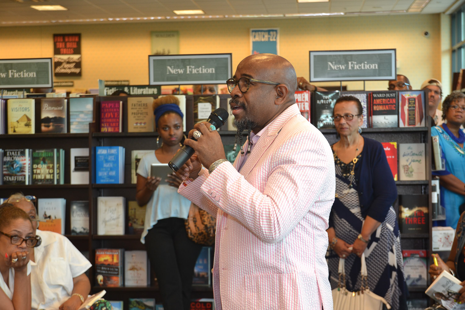 Paster Rudy book signing -0113.jpg