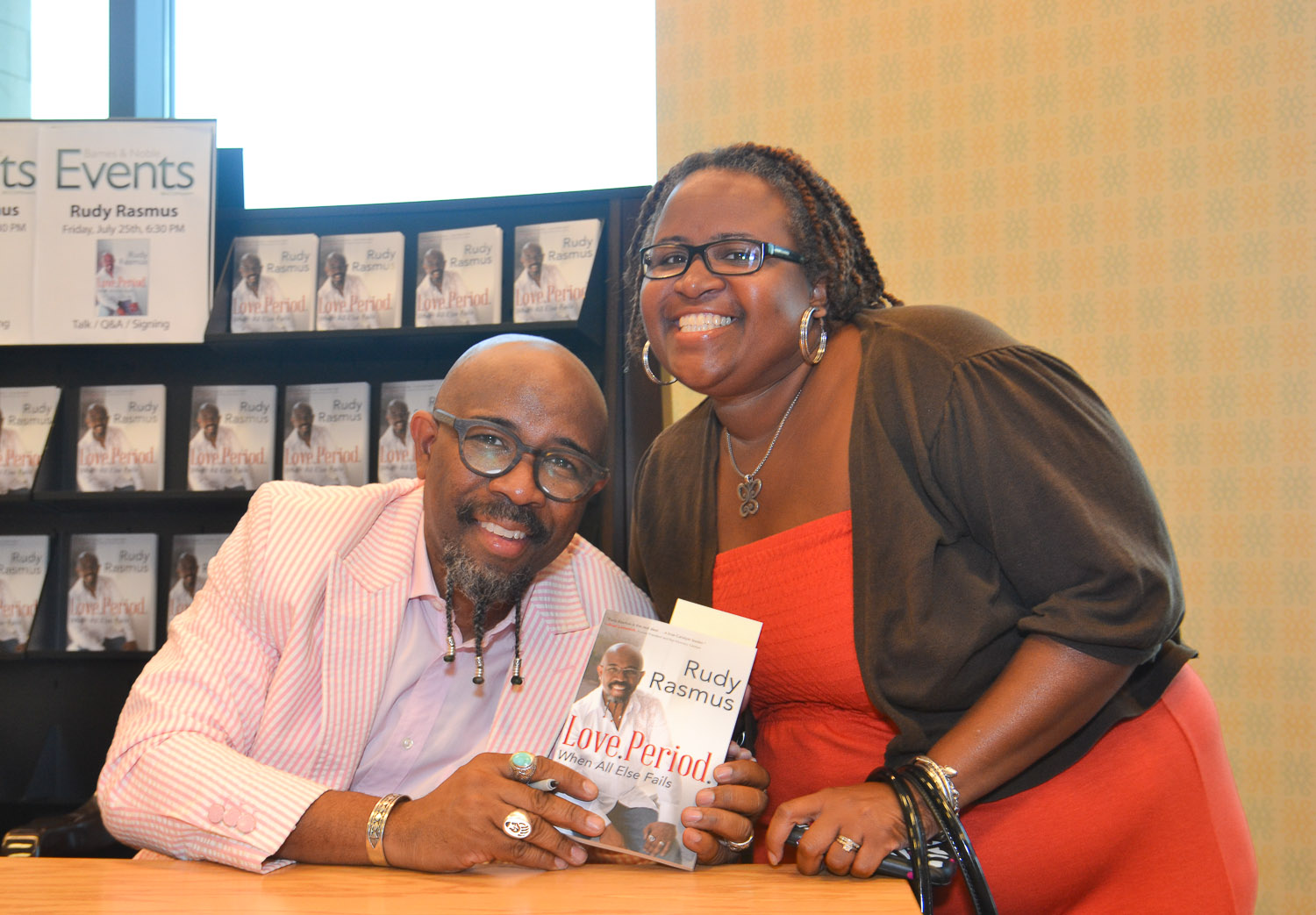 Paster Rudy book signing -0242.jpg