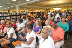 Paster Rudy book signing -0058.jpg