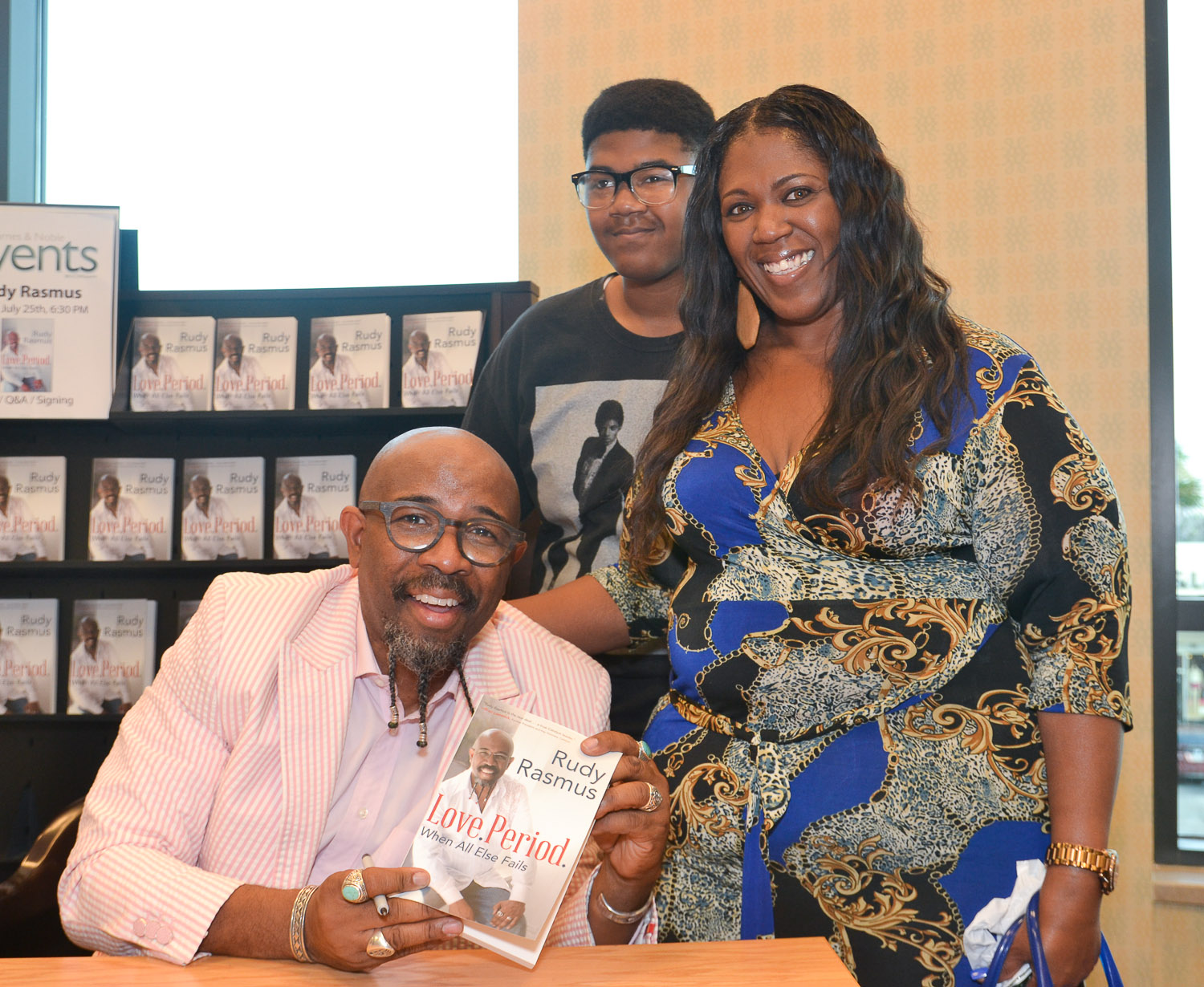 Paster Rudy book signing -0261.jpg