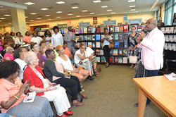Paster Rudy book signing -0102.jpg