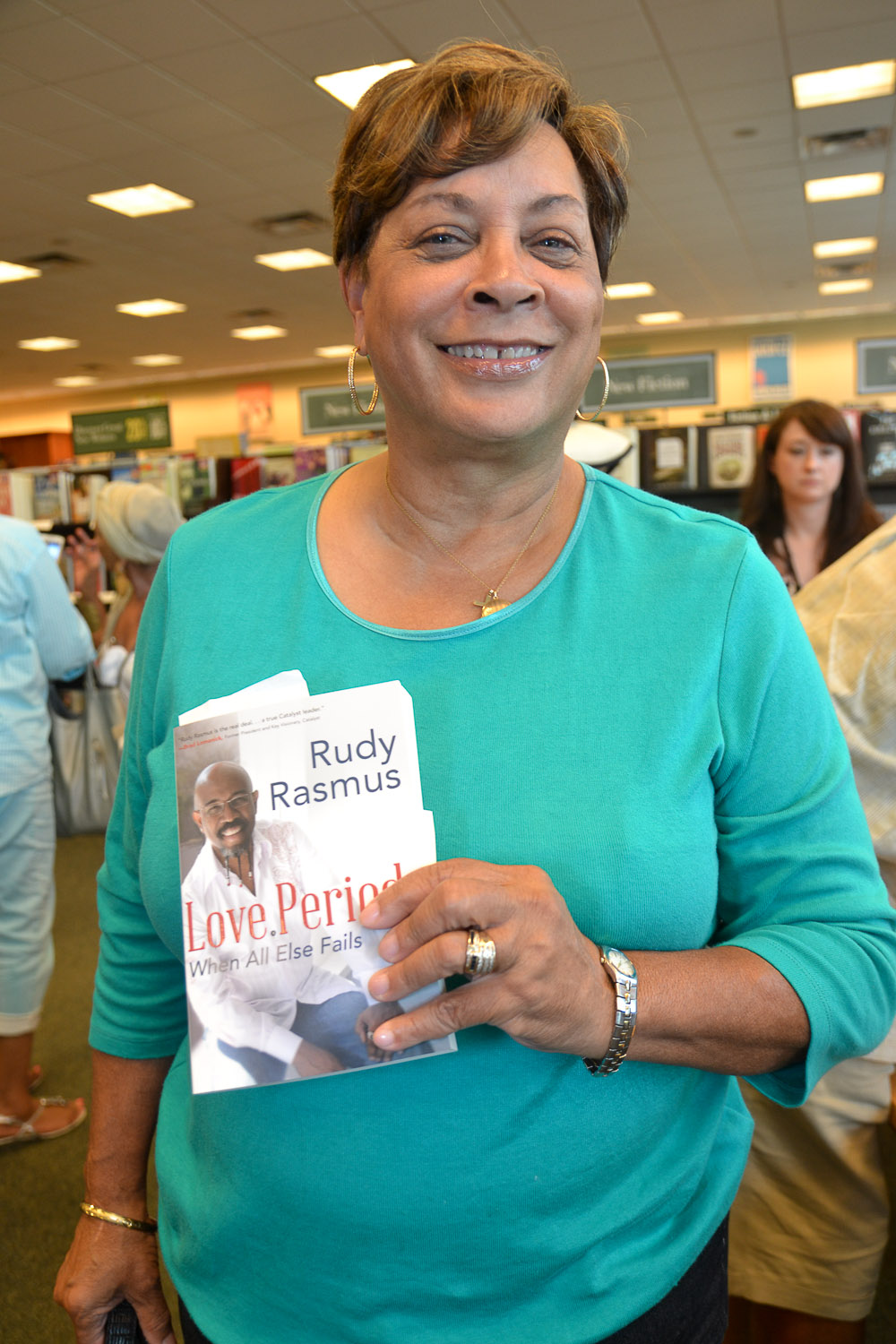 Paster Rudy book signing -0182.jpg