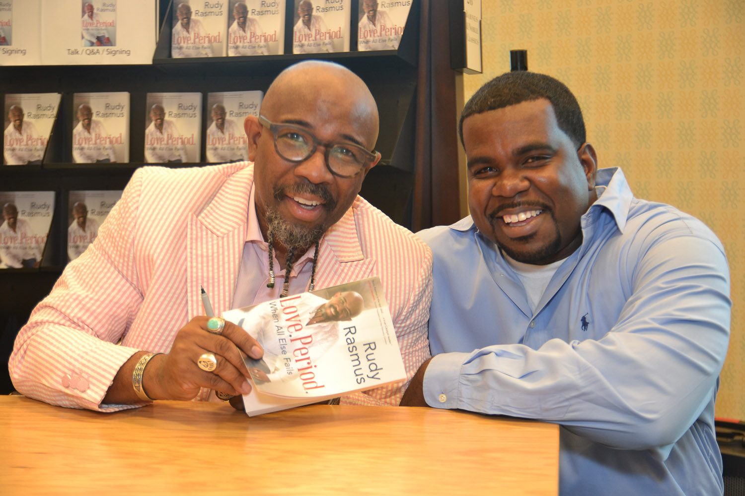 Paster Rudy book signing -0332.jpg