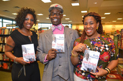 Paster Rudy book signing -0357.jpg
