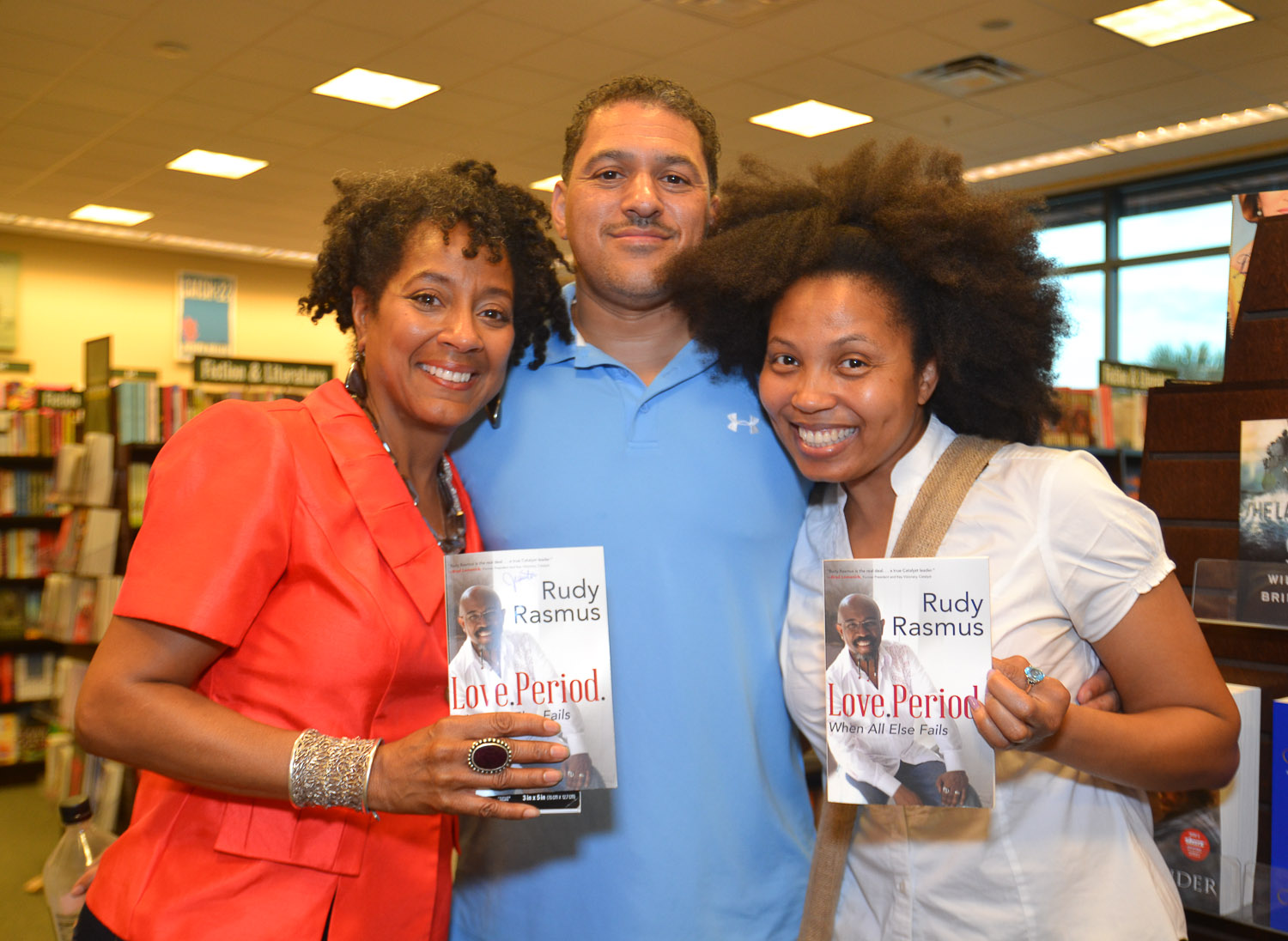 Paster Rudy book signing -0387.jpg