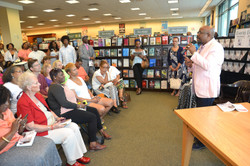 Paster Rudy book signing -0104.jpg