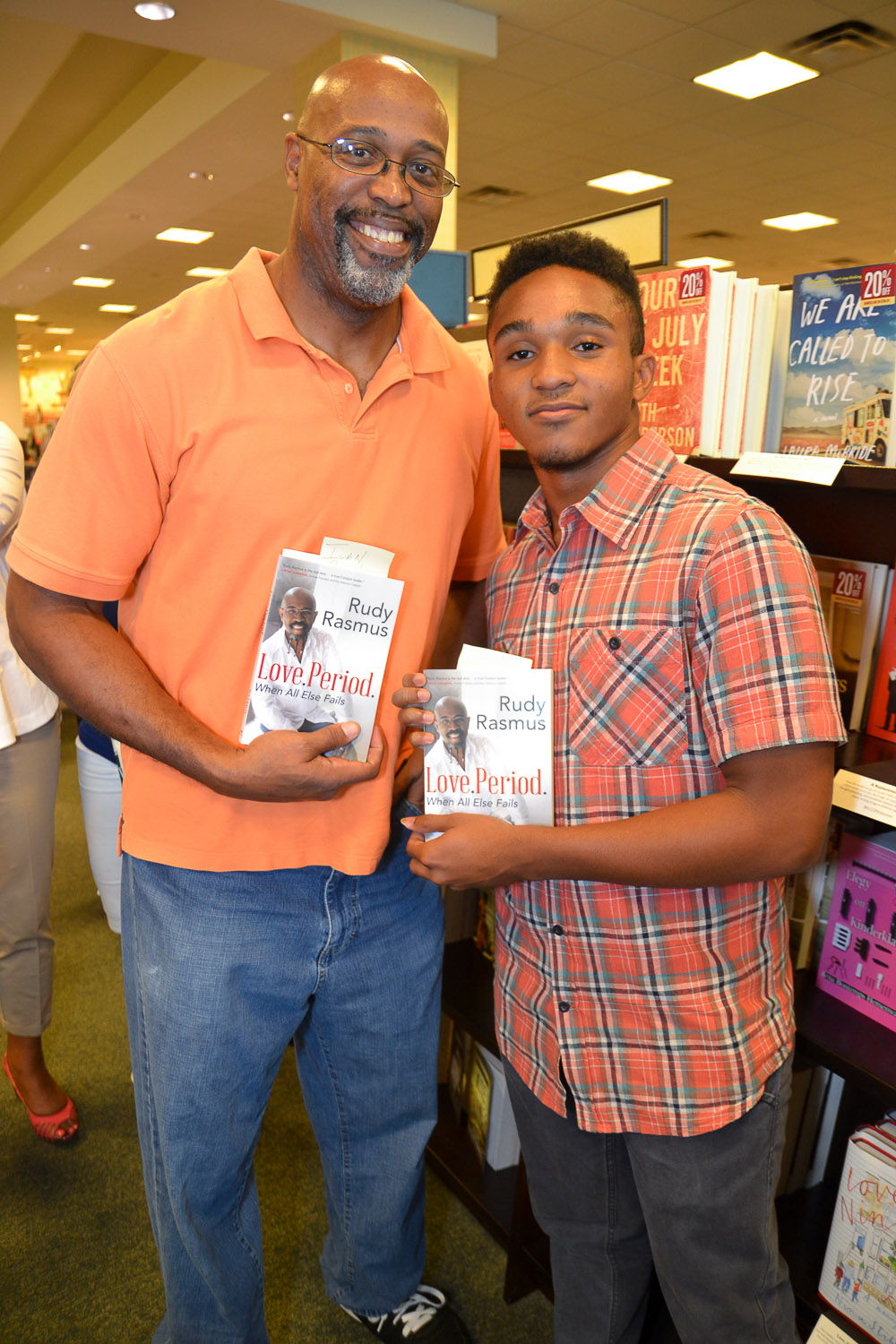 Paster Rudy book signing -0270.jpg