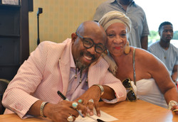 Paster Rudy book signing -0186.jpg