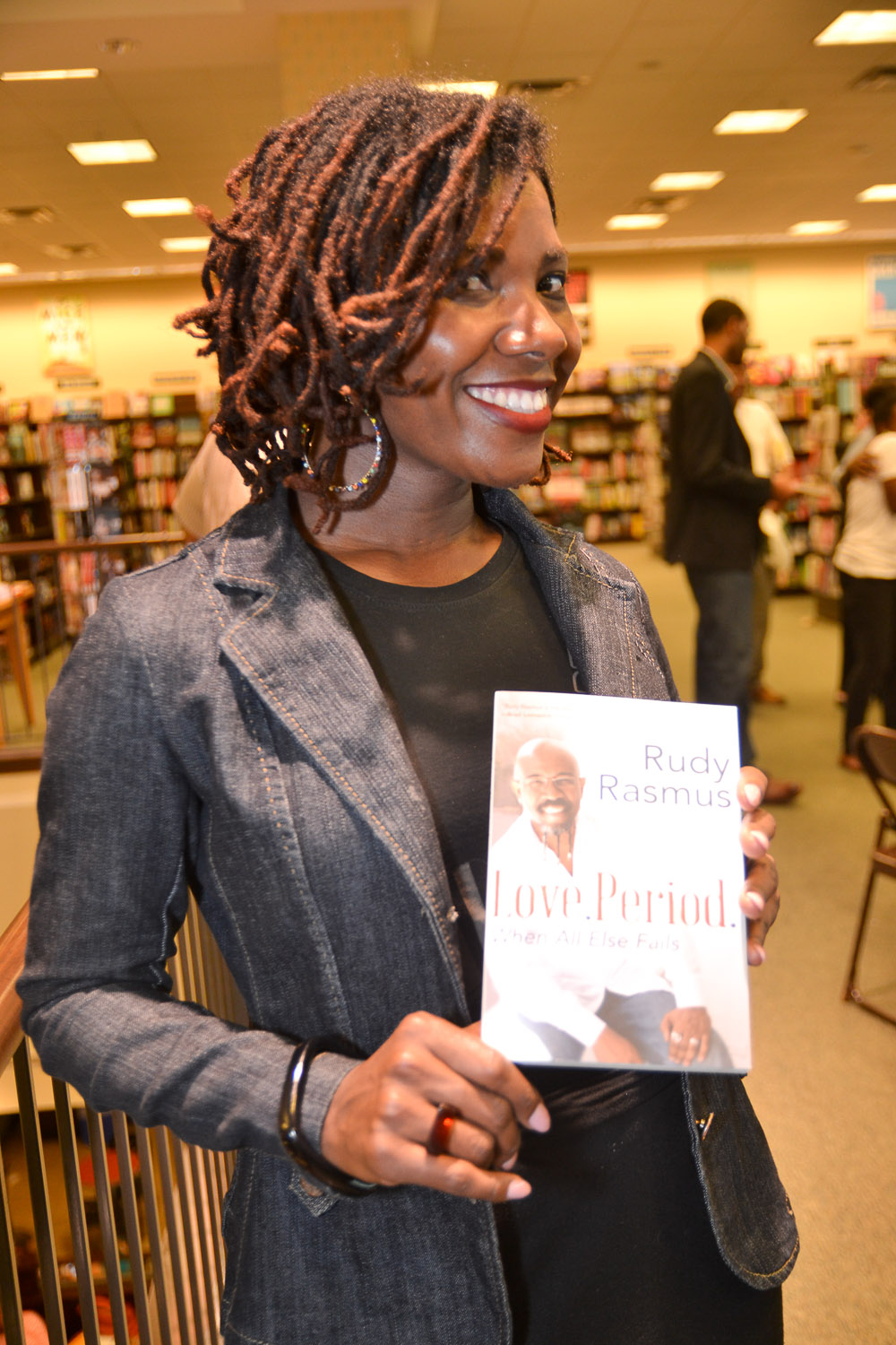 Paster Rudy book signing -0352.jpg