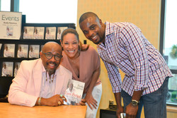 Paster Rudy book signing -0339.jpg