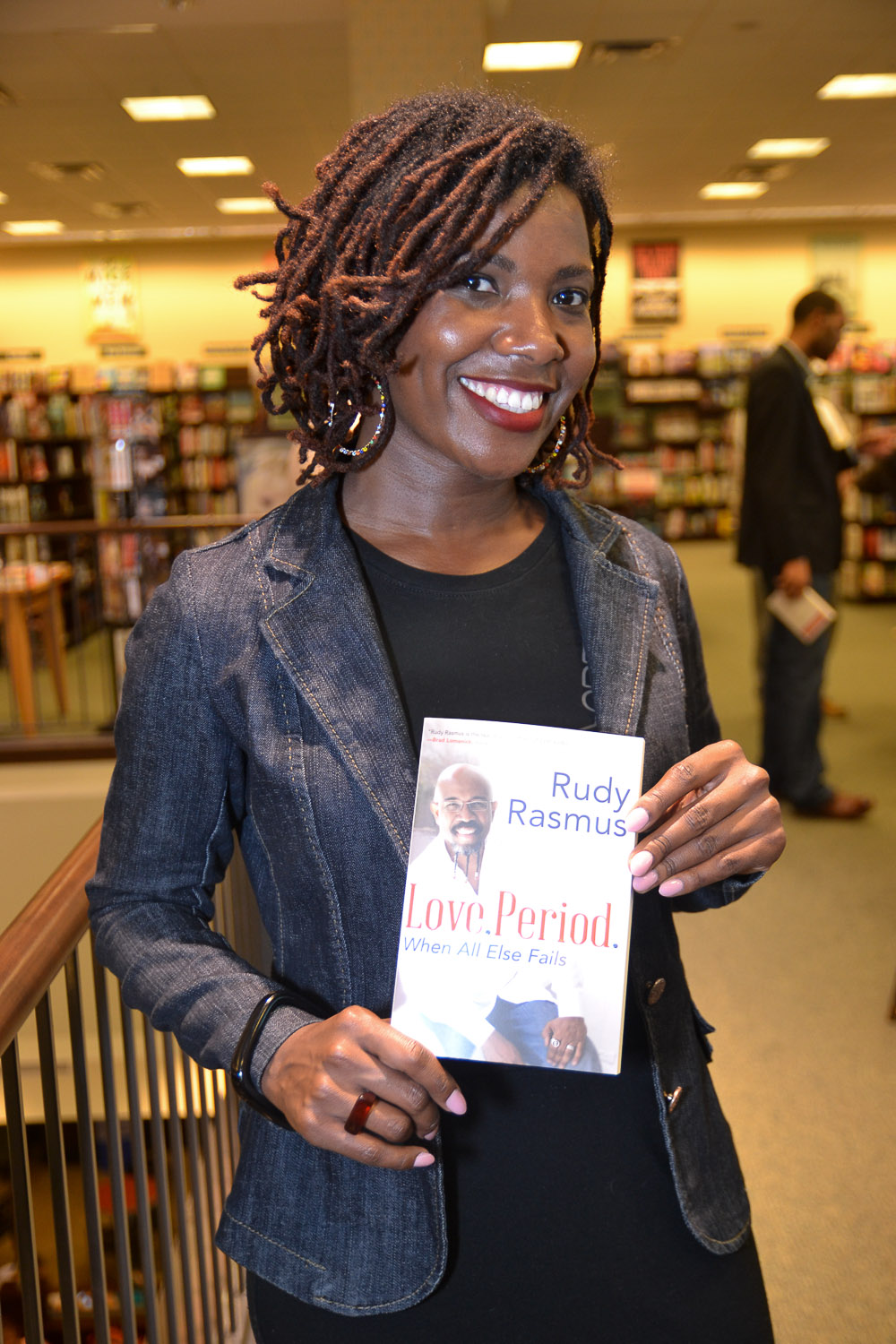 Paster Rudy book signing -0351.jpg