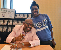 Paster Rudy book signing -0199.jpg