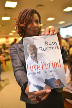 Paster Rudy book signing -0354.jpg