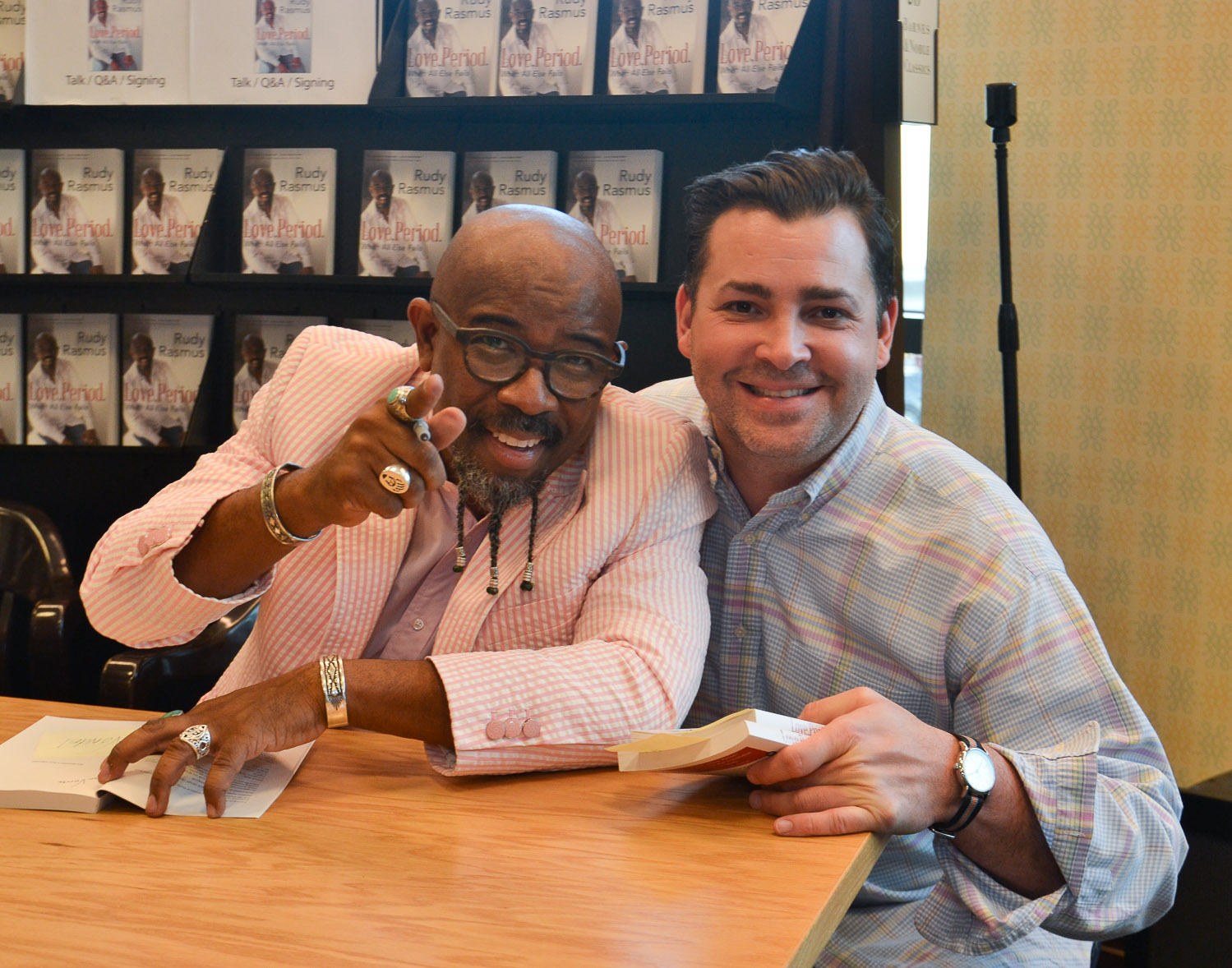 Paster Rudy book signing -0196.jpg