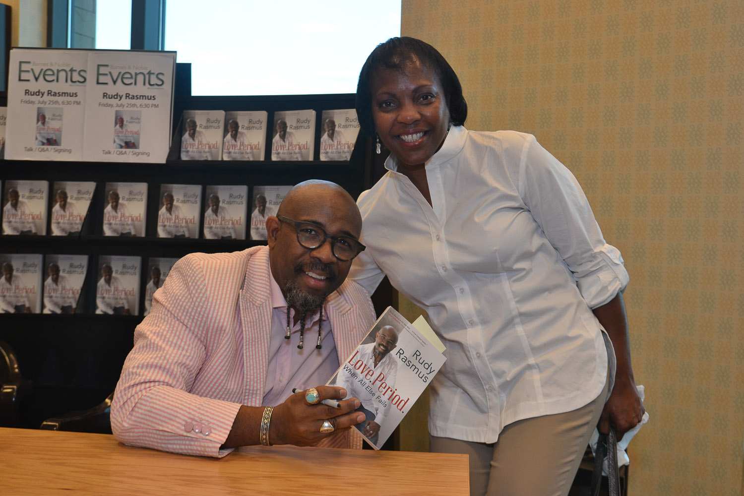 Paster Rudy book signing -0302.jpg