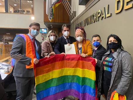 Bancada LGBTQIA+ de Porto Alegre propõe criação de banco de dados sobre a comunidade LGBTQIA+
