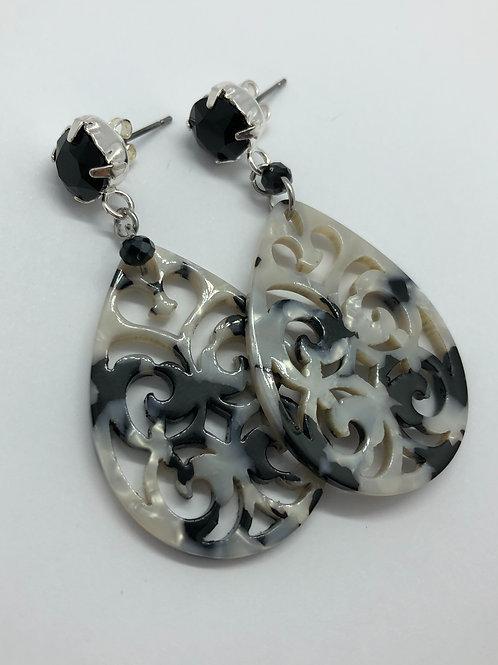 It's resin - black & white polaris