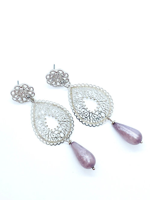 It's silver - silver flower lila