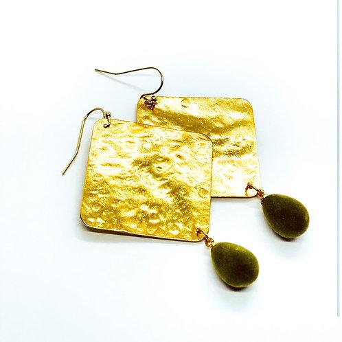It's gold - maxi gold & green velvet