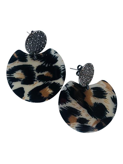 It's resin - black leopard