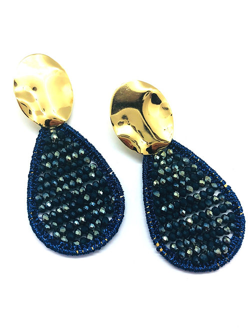 It's gold - blue pearls