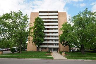 135 Confederation - 03 spring exterior.J