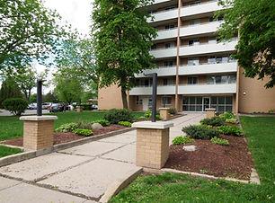 135 Confederation - 05 spring exterior.J