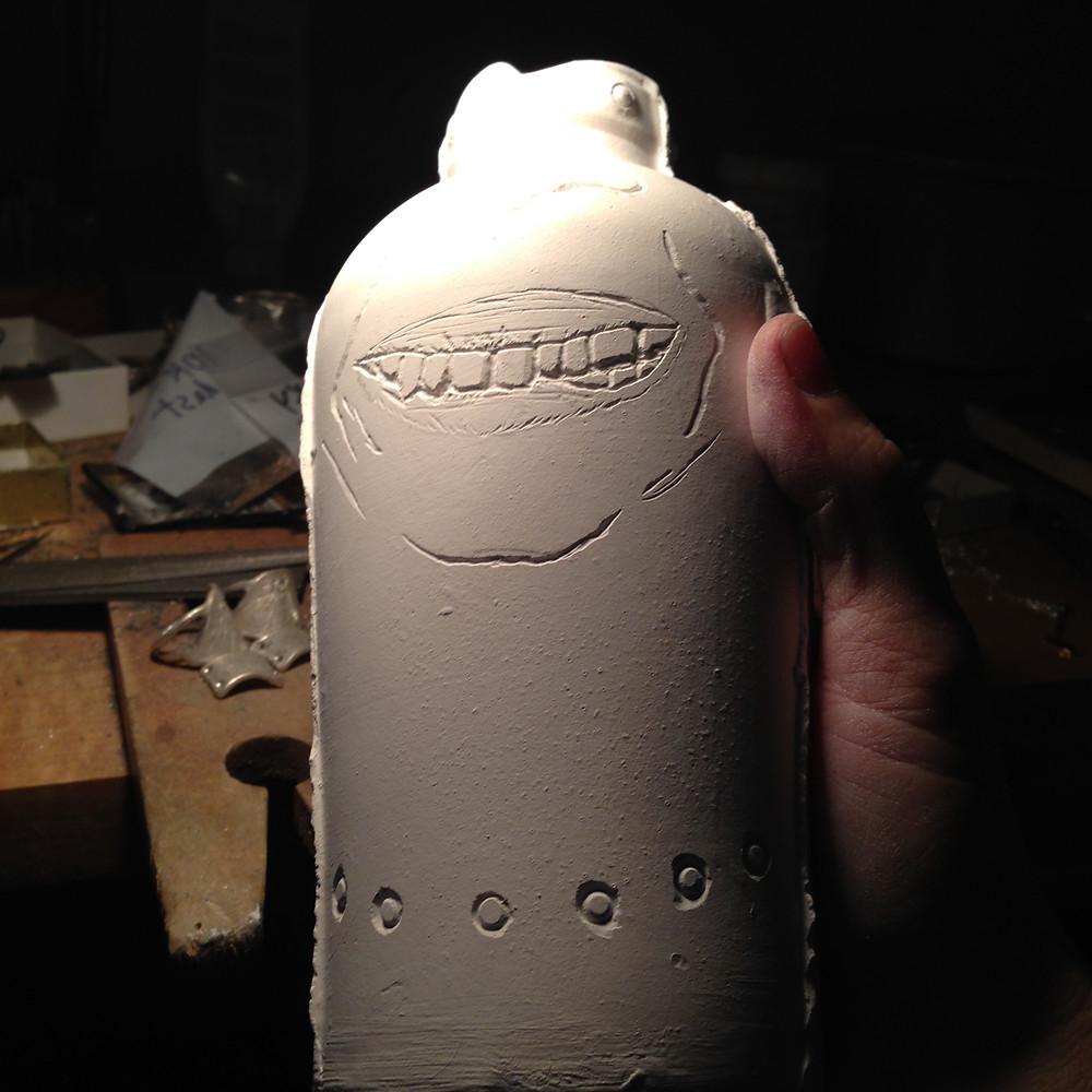 self portait on a vase : )